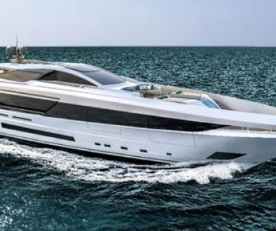 Mangusta GranSport 45 fitted with Wave MiniBOSS